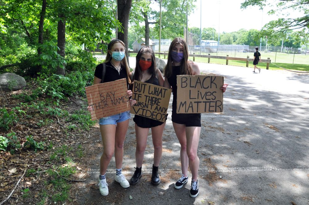 Student organizers (left to right) Abby Dech, Madeleine McCarthy, and Hailey Bates.