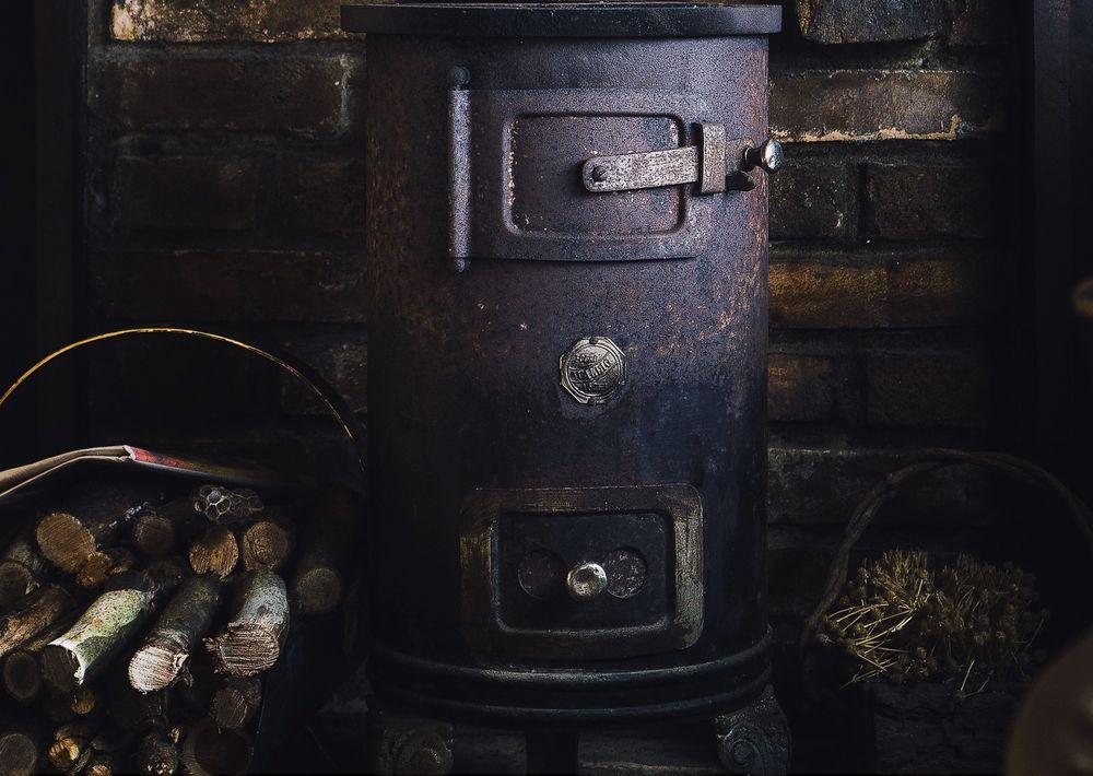 Oil-Burning Furnace Or Wood-Burning Stove?