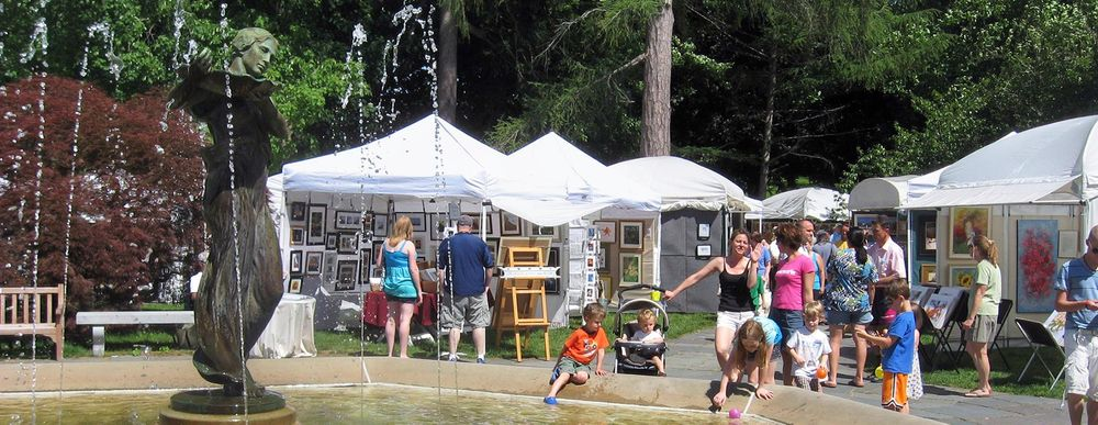 Patrons gather at last year's Virtu Art Festival in Westerly.