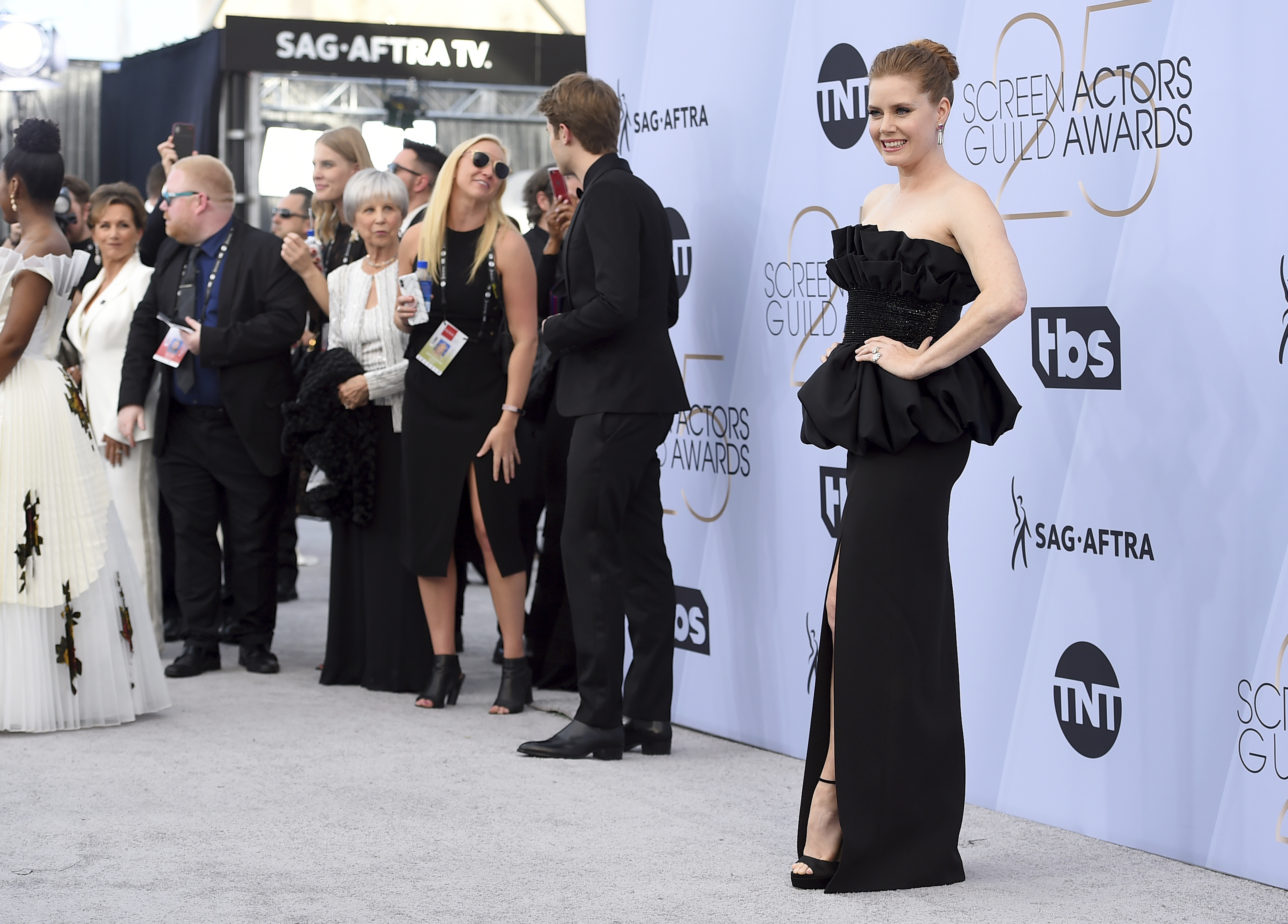 Amy Adams arrives at the 25th annual Screen Actors Guild Awards at the Shrine Auditorium & Expo Hall on Sunday, Jan. 27, 2019, in Los Angeles. (Photo by Jordan Strauss/Invision/AP)