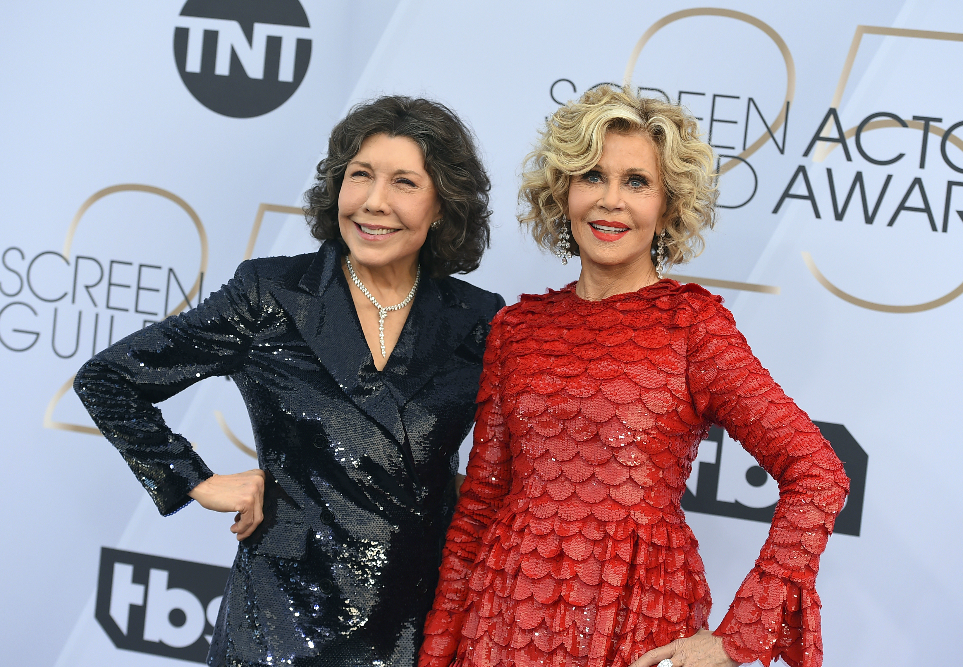 Lily Tomlin, left, and Jane Fonda arrive at the 25th annual Screen Actors Guild Awards at the Shrine Auditorium & Expo Hall on Sunday, Jan. 27, 2019, in Los Angeles. (Photo by Jordan Strauss/Invision/AP)