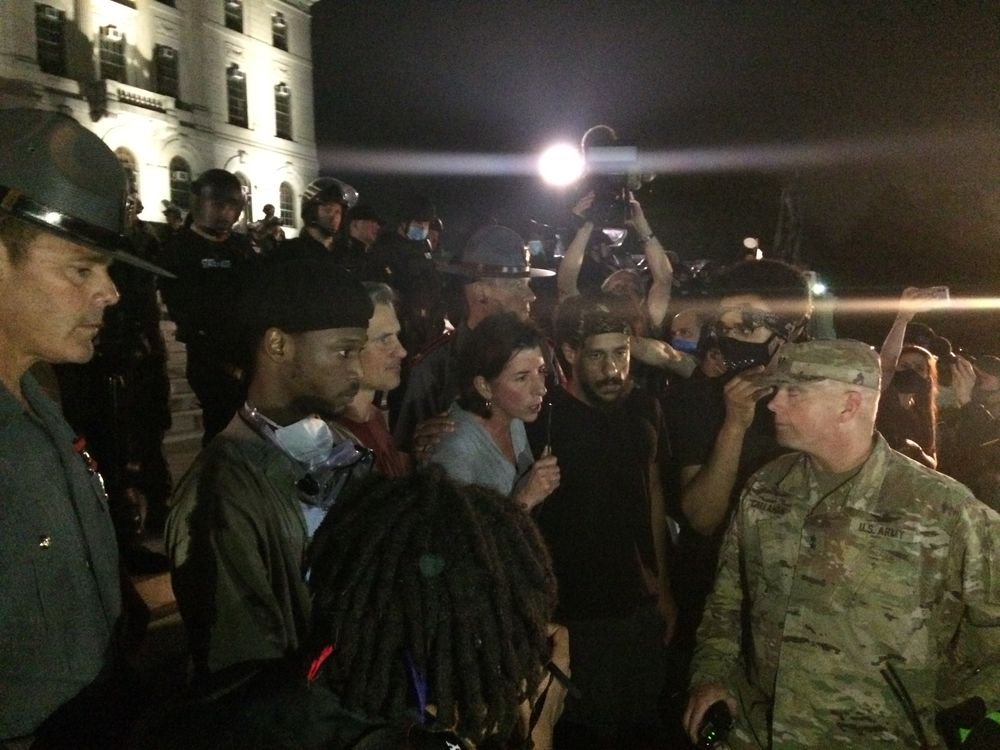 Despite tension, Providence protesters disperse peacefully Friday night
