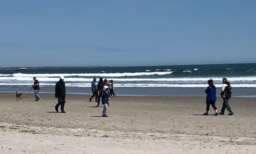 A recent scene at Narrgansett Town Beach