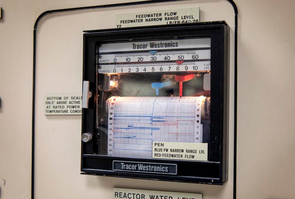 An analog readout at Pilgrim's reactor control room simulator.