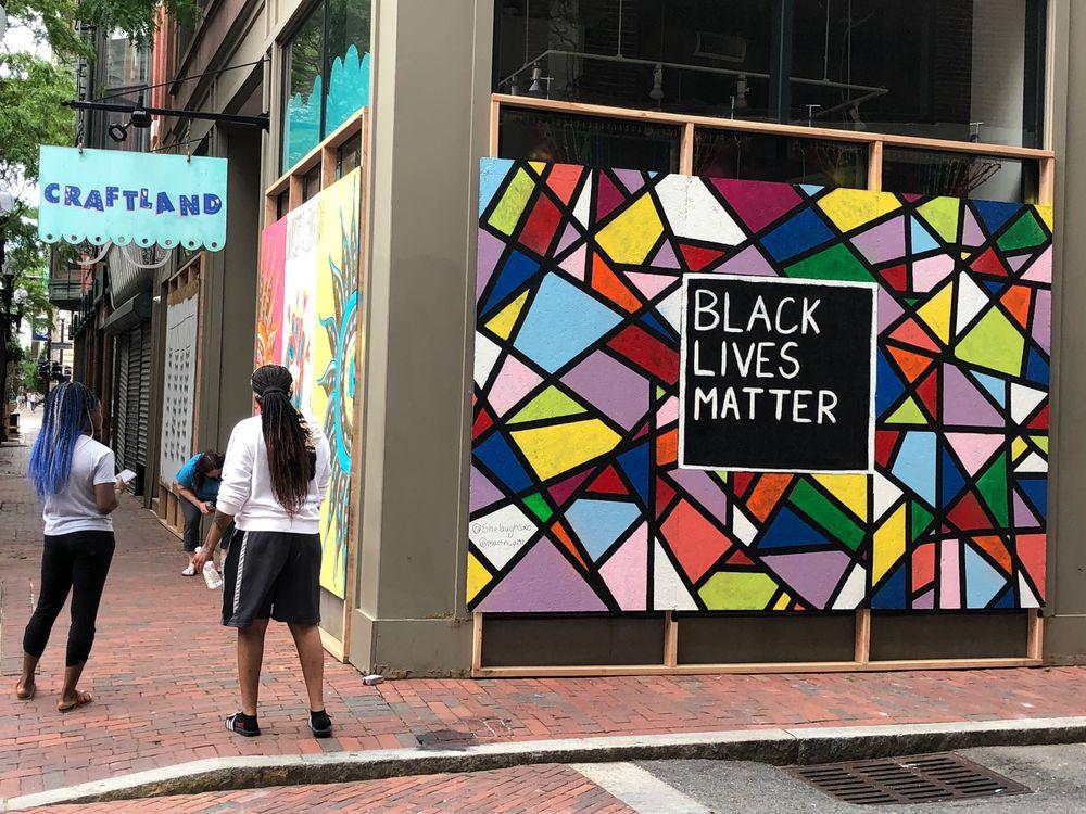 Black Lives Matter mural by Milka Aquino and Martin Paiz