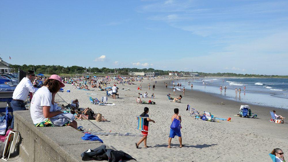Crowd at Narragansett Town Beach.